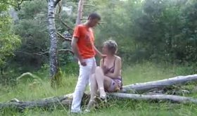 Unusual gf porn where slut performs oral in the nature