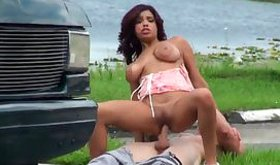 Outdoor pron odyssey where hot bitch is being penetrated