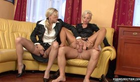 FFM threesome with two piss-loving Euro girlfriend