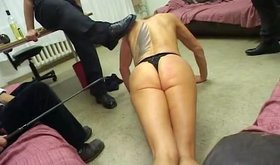 Girl mistreated on a casting enjoys the pissing