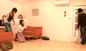 Japanese amateur chick blows her close relative